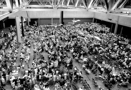 Hermanas llenan el Centro de Convenciones